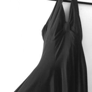 Dresses & Skirts - Sexy black halter dress